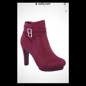 Shoes - Platform boots NWT